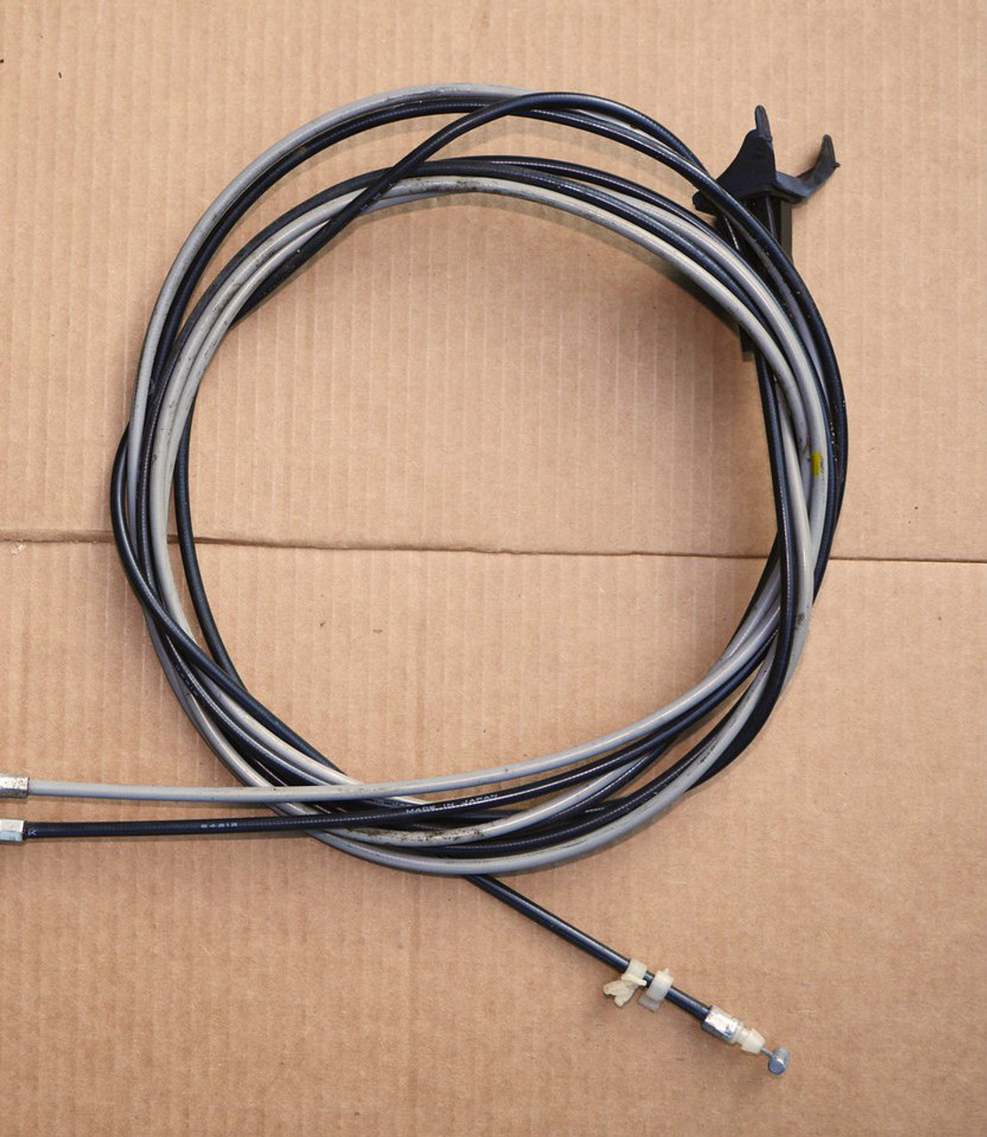 cable set for trunk release and fuel door GVR4