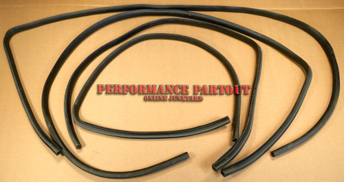 Door seal set interior WRX sedan 02-07