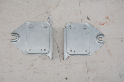 Radio head unit brackets GVR4