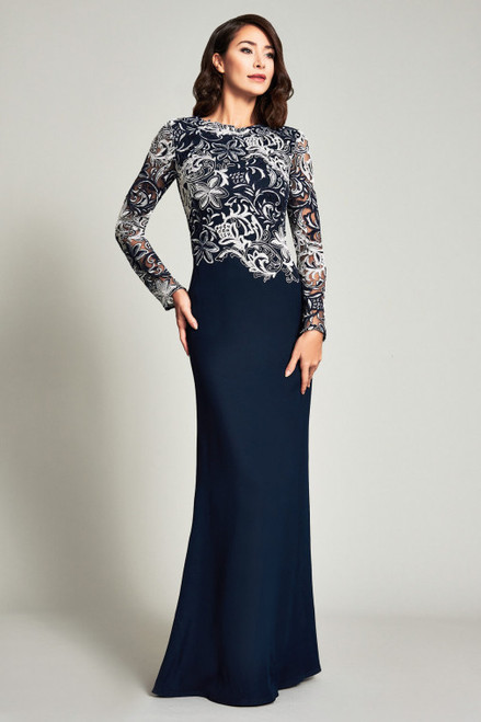 Tadashi Shoji Embroidered Long Sleeve Crepe Trumpet Gown In Black/white