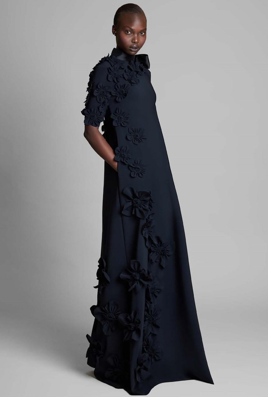 Greta Constantine Rembrandt Floral Short Sleeve Gown