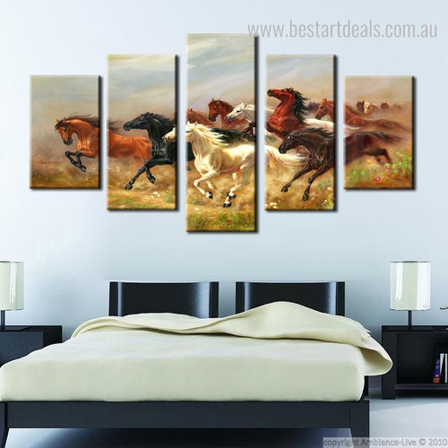Thousands Steeds Gallop Animal Modern Framed Portmanteau Picture Canvas Print for Wall Finery