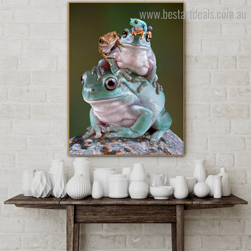 Frog Pile Animal Modern Framed Artwork Picture Canvas Print for Room Wall Getup