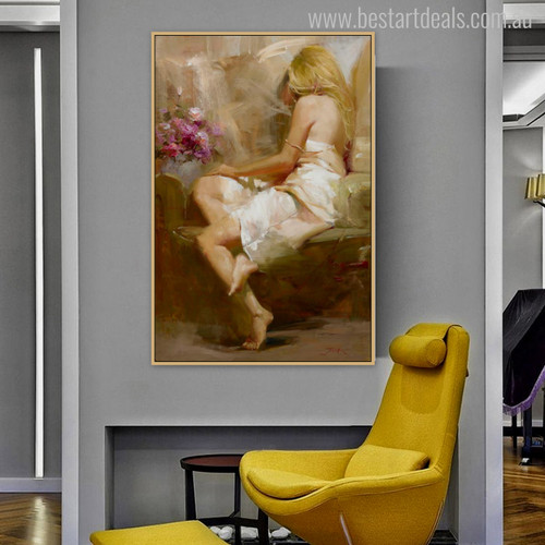 Sitter Girl Watercolor Painting Print for Home Decoration