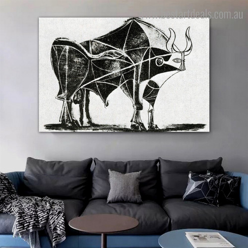 Bull (Plate V) Reproduction Framed Artwork Portrait Canvas Print for Room Wall Garniture
