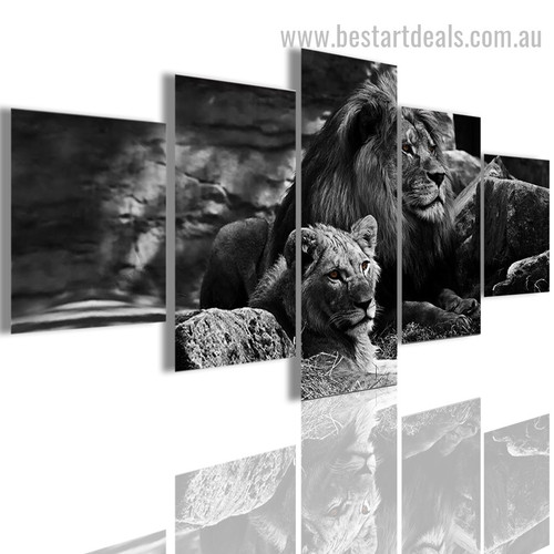 Lion and Lioness Animal Modern Effigy Pic Canvas Print
