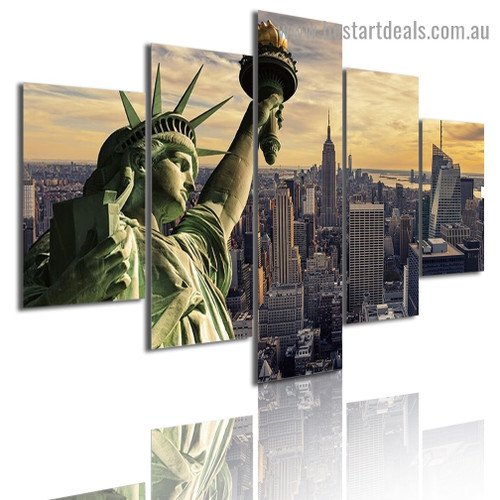 Statue of Liberty Cityscape Modern Artwork Picture Canvas Print for Room Wall Adornment