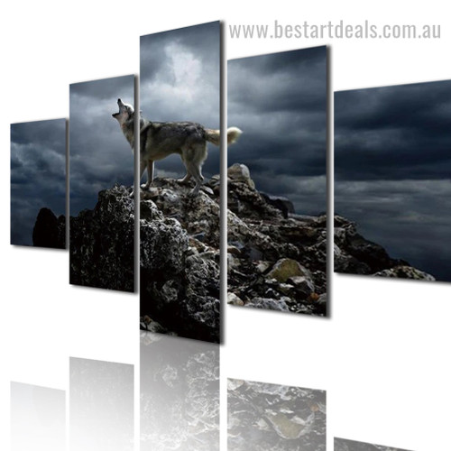 Solitary Wolf Animal Landscape Modern Framed Portraiture Picture Canvas Print