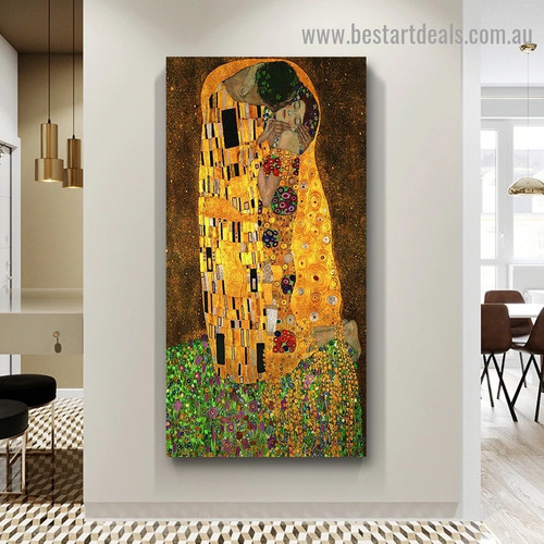 The Kiss Figure Art Nouveau Modern Old Famous Master Artist Reproduction Portrait Image Canvas Print for Room Wall Garnish