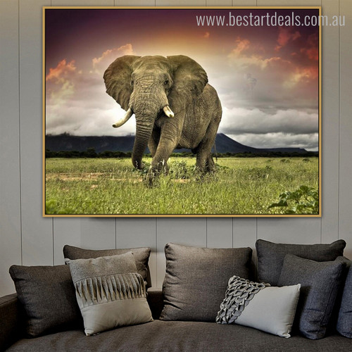 Castle Animal Nature Modern Framed Smudge Picture Canvas Print for Living Room Wall Decor