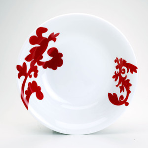 serving bowl interior featuring a red damask design on both sides of the bowl