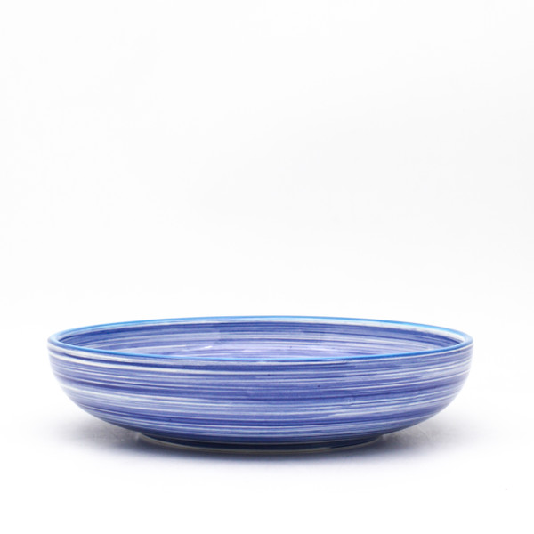 Each set in the collection comes in an assortment of four rim colors - cobalt, turquoise, green, and orange – lending even more distinction to the dishes and opening a world of mix-and-match potential.