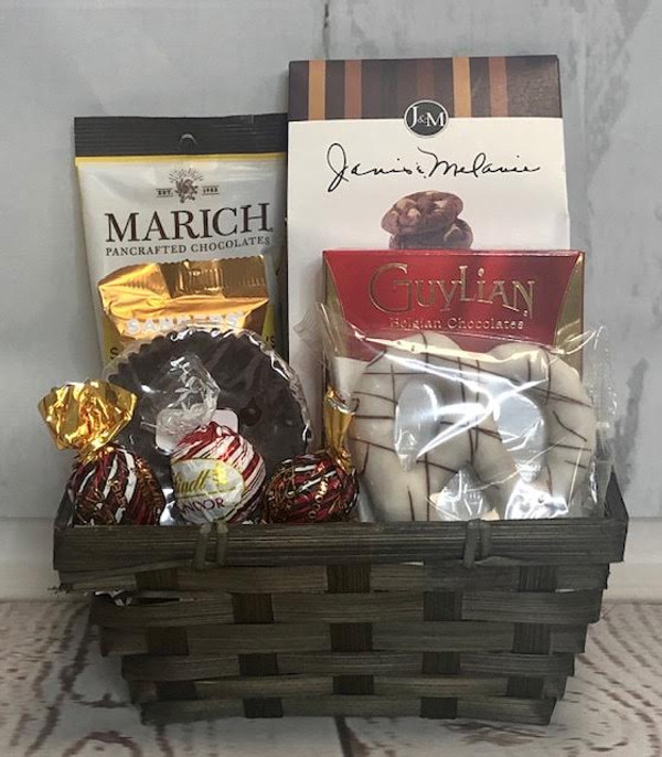 Chocolate Lovers Small Gift Basket