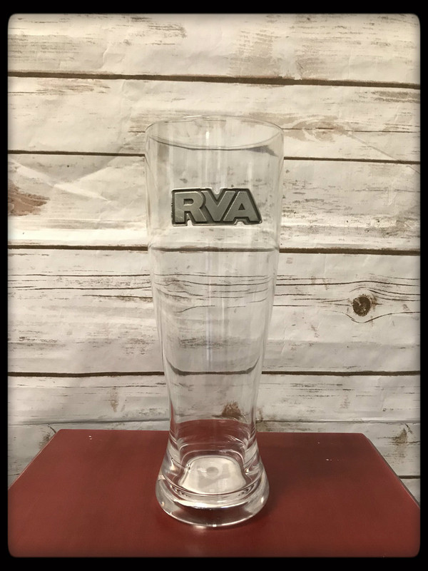 Polycarbonate Pilsner glass with pewter logo