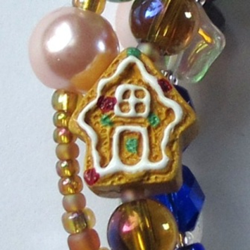 Hansel and Gretel Bracelet house detail