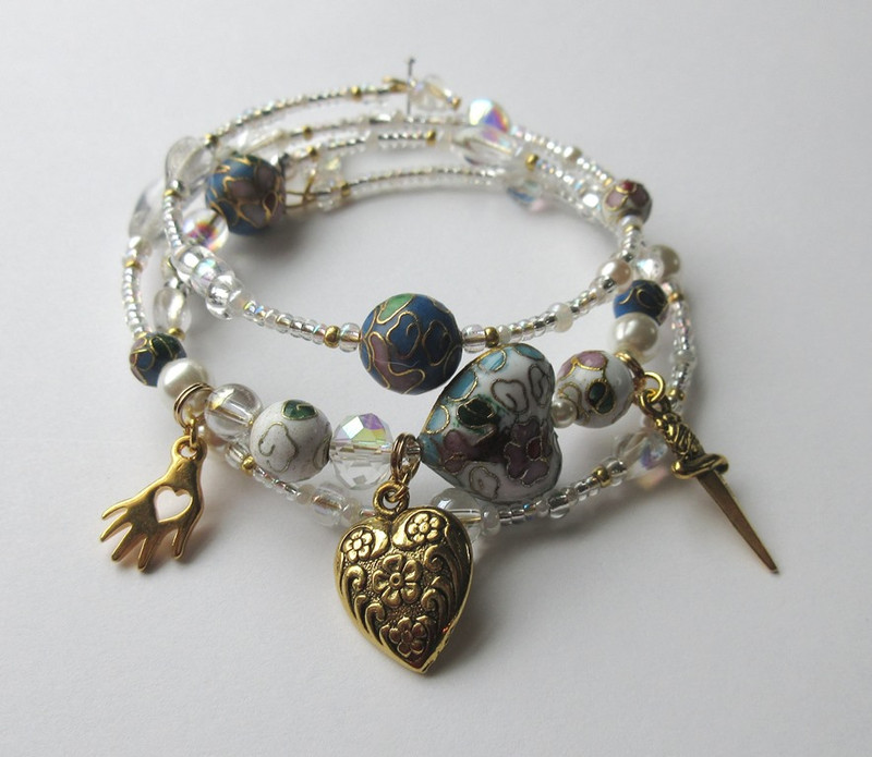 The Liu's Love Bracelet is inspired by the loving slave girl Liu from Puccini's Turandot.