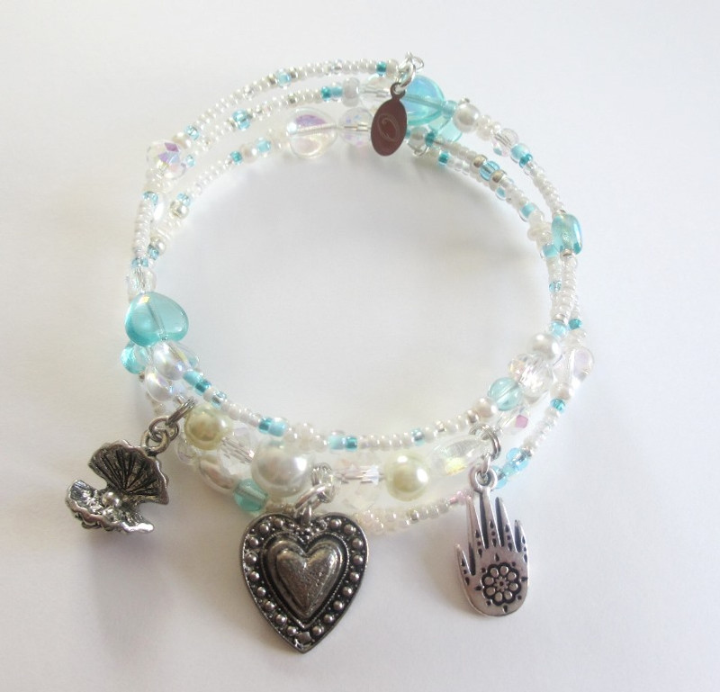 An alternate view of the Pearlescent Love Bracelet, inspired by the opera The Pearl Fishers.