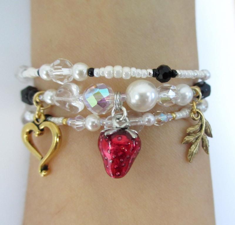 Beads and charm symbolize Shakespeare and Verdi's tragic Desdemona.