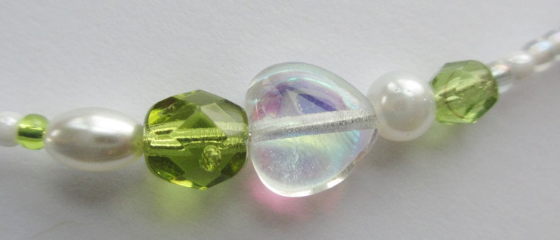 Glass heart detail on the Suor Angelica Bracelet