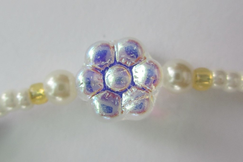 Glass daisy detail from the Oklahoma Bracelet