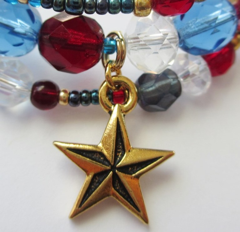 The star charm evokes the spirit of the founding fathers.