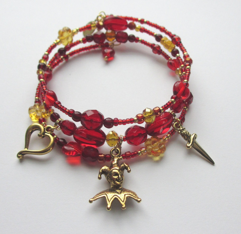 The Gilda's Destiny Bracelet is inspired by the plot of Verdi's Rigoletto.