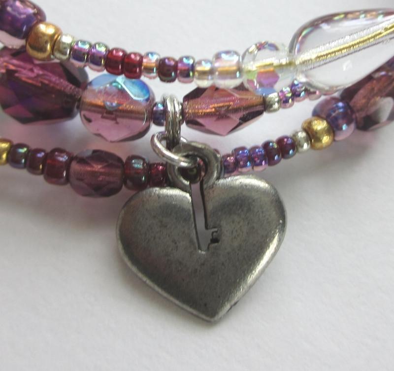 Una Furtiva Lagrima Bracelet: heart detail
