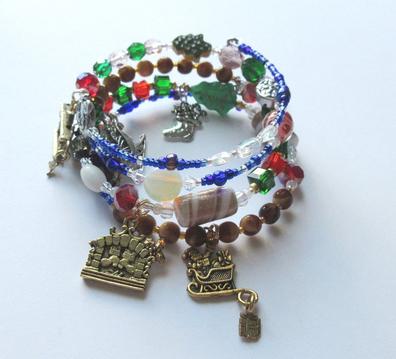 "Bead and charms symbolize Clement Moore's ""A Visit from St. Nicholas"""