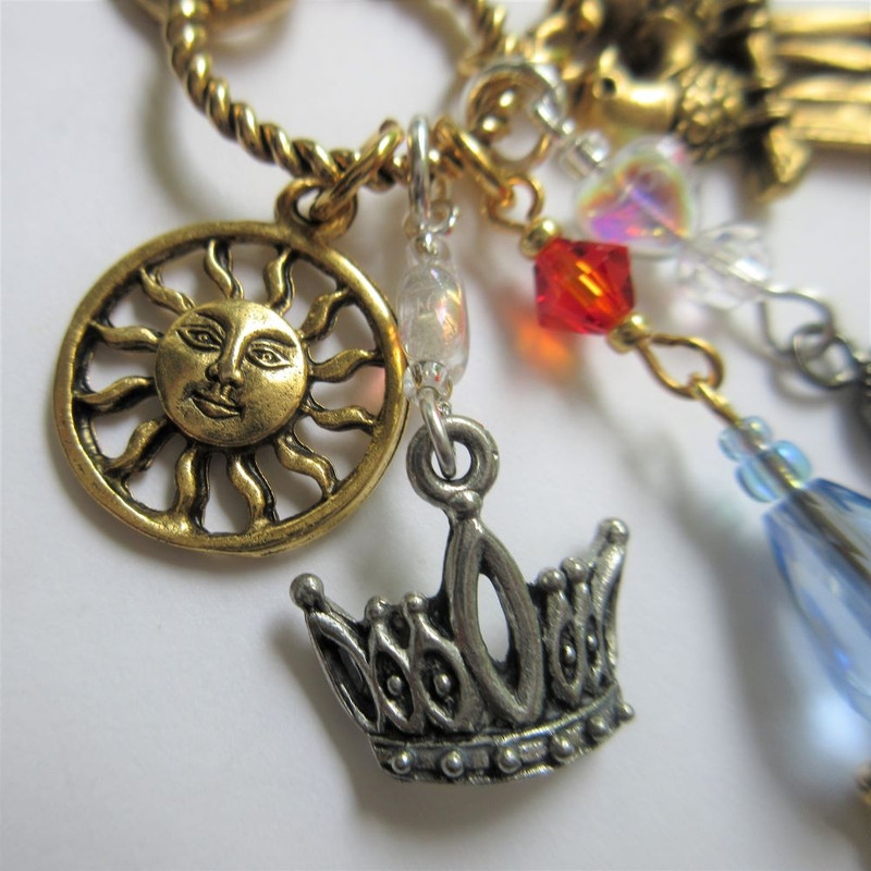 Magic Flute Opera Necklace detail