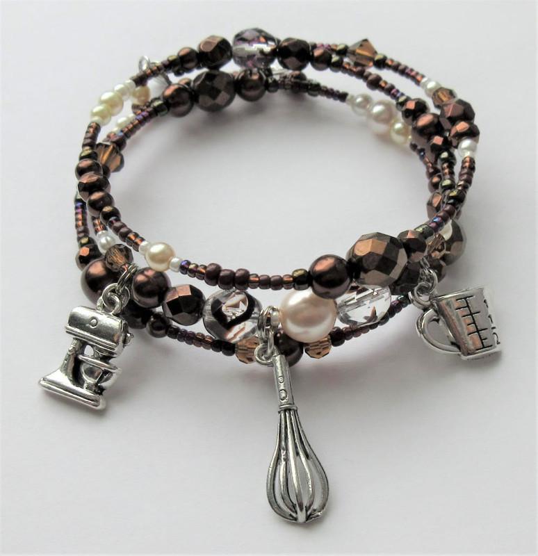 Chocolate Gateau Bracelet