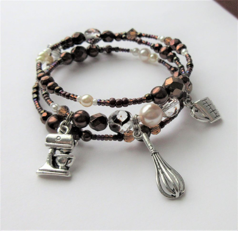 Chocolate Gateau Bracelet