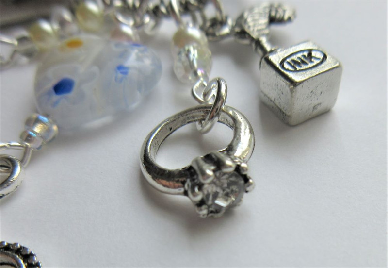 Marriage of Figaro Necklace - Ring detail