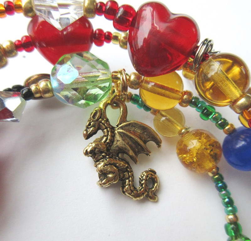A dragon charm represents Fafner.