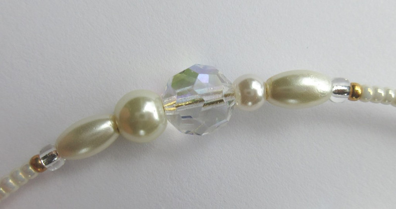 Bead detail from the Bride of Lammermoor Bracelet, inspired by Lucia di Lammermoor.