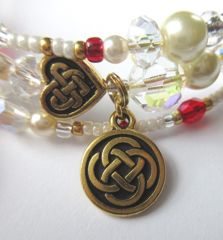 The Celtic knot charm evokes the setting of Scotland.