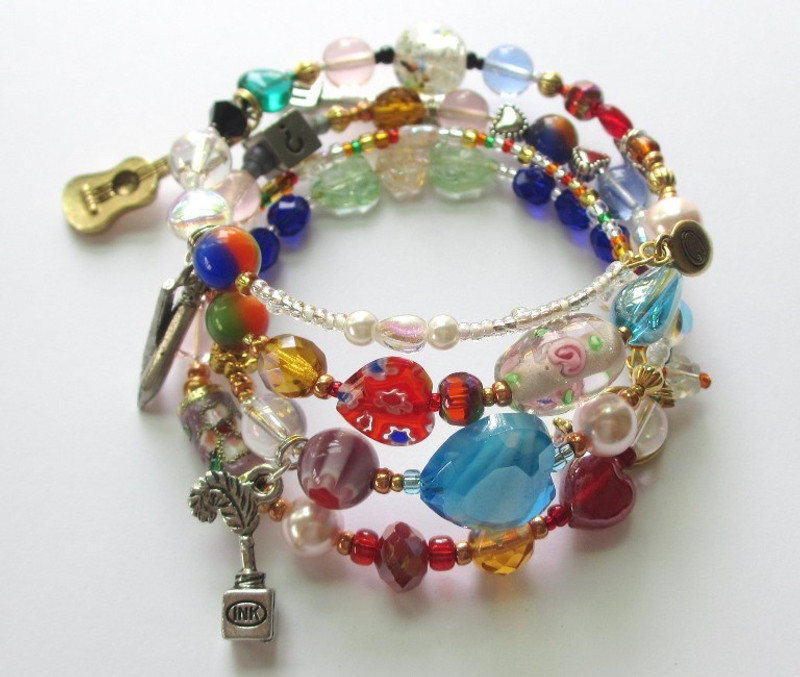 The Marriage of Figaro Bracelet tells the story of the opera with beads and charms.