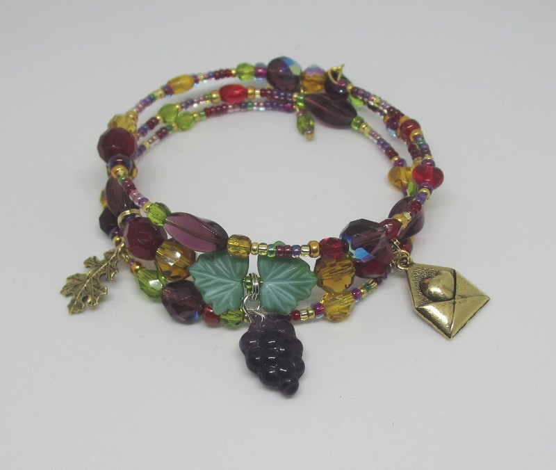 Inspired by Verdi's final opera, Falstaff, the Falstaff's Folly Bracelet features beads the colors of red and white wine.