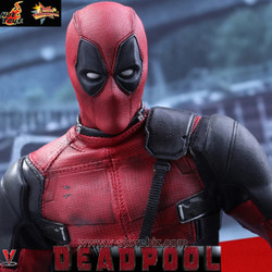 Hot Toys MMS347 Deadpool Collectible Figure