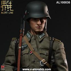 Alert Line AL100036 WWII German Army Soldier