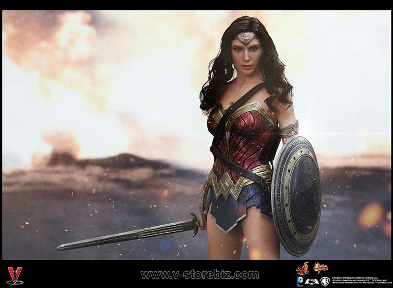 Hot Toys MMS359 Batman v Superman: Dawn of Justice Wonder Woman