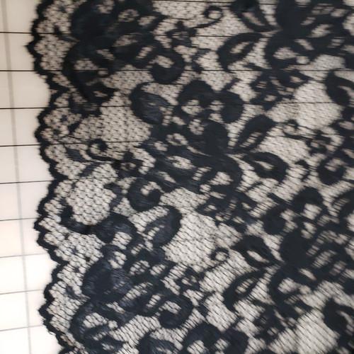 BLACK SCALLOPED LACE STRETCH FABRIC