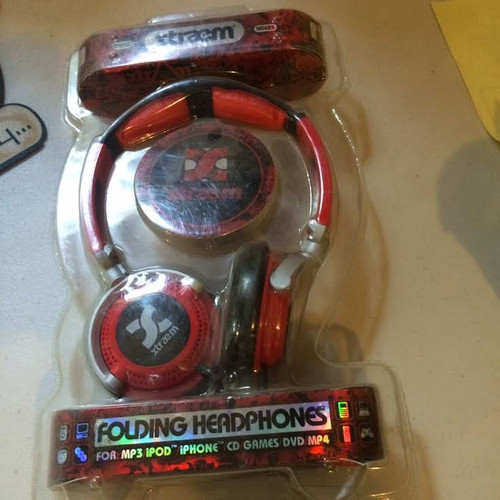 ✅xTreme Red Folding Headphones for mp3, for ipod, for iphone,cd, games,dvd,mp4