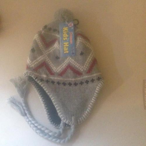 Unisex Kids Hat With Pom Pom GRAY