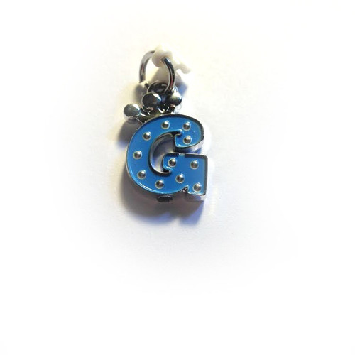 Pop Girl Ear Bud Charm: Letter G
