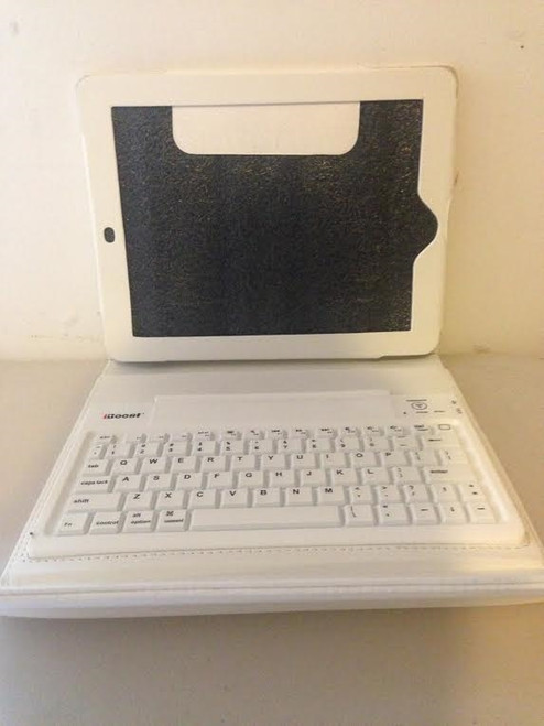 iBoost iPad Bluetooth Keyboard Folio with Bluetooth Keyboard CM3800 WHITE