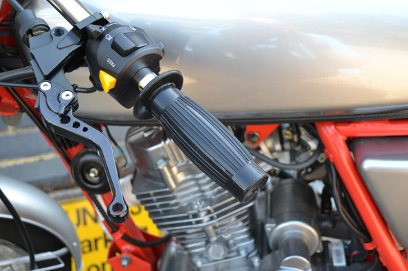 Motorcycle handlebar grip
