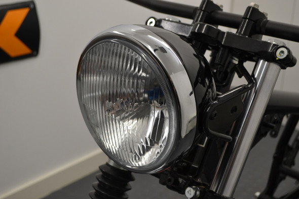 """7"""" Gloss Black Bucket    Chrome Ring    Motorcycle Metal Classic Headlight    DOT Approved H4"""