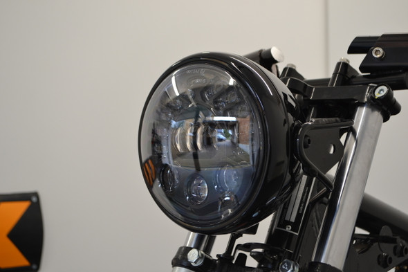 Integrated headlight and turn signal.