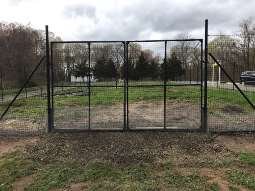 Dual Driveway Gate For 8' Deer Fence