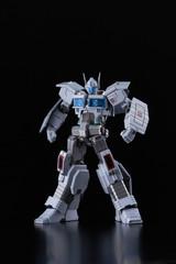 Flame Toys - Furai Model 15: Ultra Magnus IDW Model Kit
